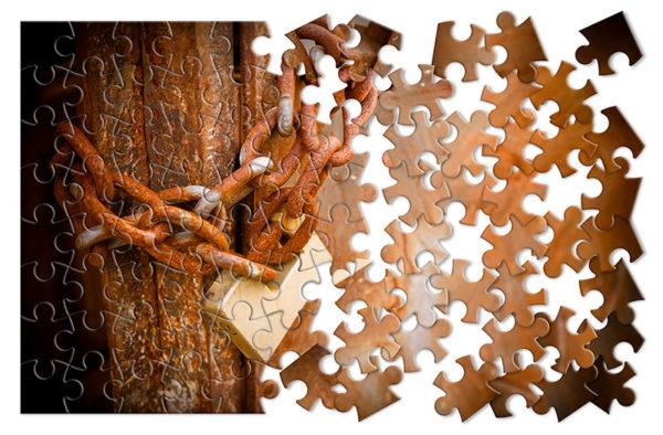 Escape Room Chain Puzzle Pic