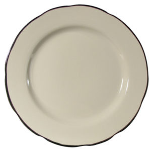 Scalloped 10 inch plate